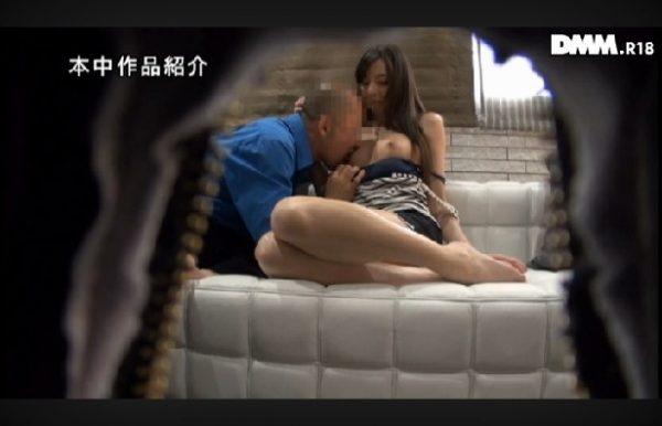 西田カリナ