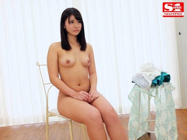 新人NO.1 STYLE 未成年らしからぬ艶感・色っぽさの大人の19歳 柳みゆうAVデビュー